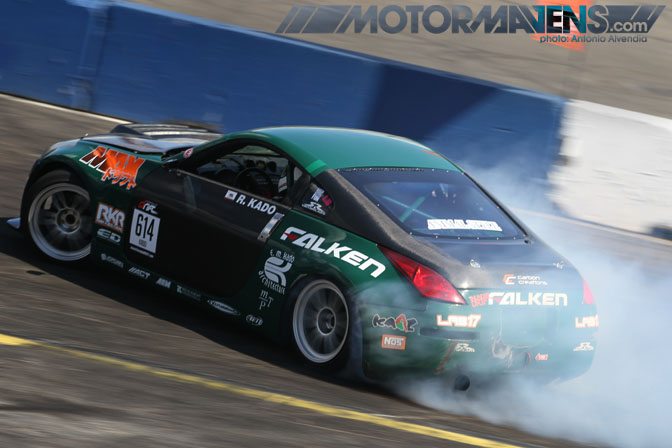Formula Drift Seattle Evergreen Speedway 2011 drifting Ryan Kado Nissan 350Z Z33
