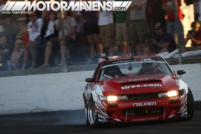 Formula Drift Seattle Evergreen Speedway 2011 drifting Daijiro Yoshihara