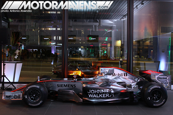 McLaren MP4-12C Beverly Hills Wilshire F1 Formula One Johnnie Walker Mobil 1 Siemens