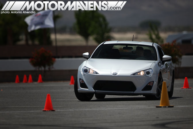2013 Scion FRS FR-S Subaru BRZ BR-Z Toyota GT86 Specs Equipment specifications driving impression review