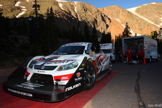 Monster Tajima Monster Sports Escudo Suzuki Falken Pike's Peak Colorado PPIHC Hillclimb 2010
