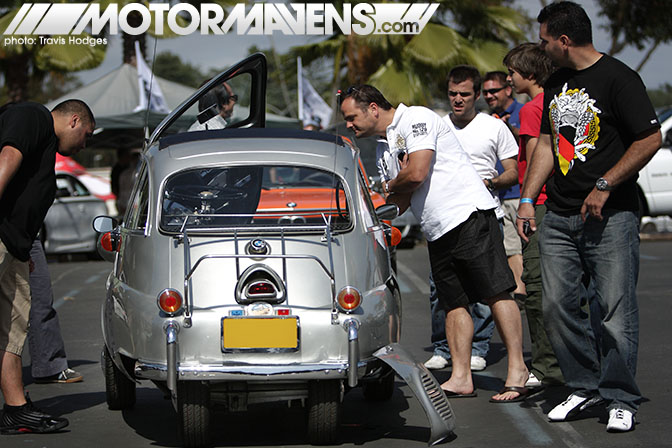 Bimmerfest BMW Isetta 2010 Pasadena Rose Bowl