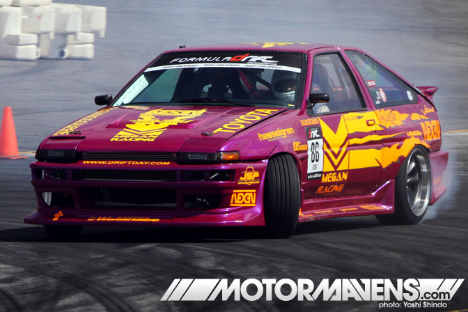 Formula D Toyota Corolla AE86 Taka Aono Yoshi Shindo